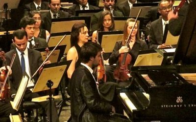 Playing Schostakovich Piano Concerto no.2 with Orquestra Sinfónica do Espírito Santo, in Vitória – Brazil, (August 2014)