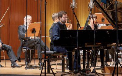 Sensitive soloist: Vasco Dantas plays Mozart's Piano Concerto No. 9 in E flat major with SWDKO in Germany